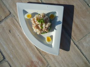 Crab with Avocado and quails eggs